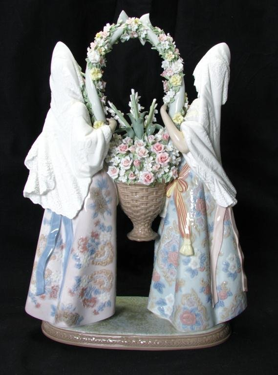 """672: Lladro 1490, """"Floral Offering"""", Limited Edition 32 - 5"""