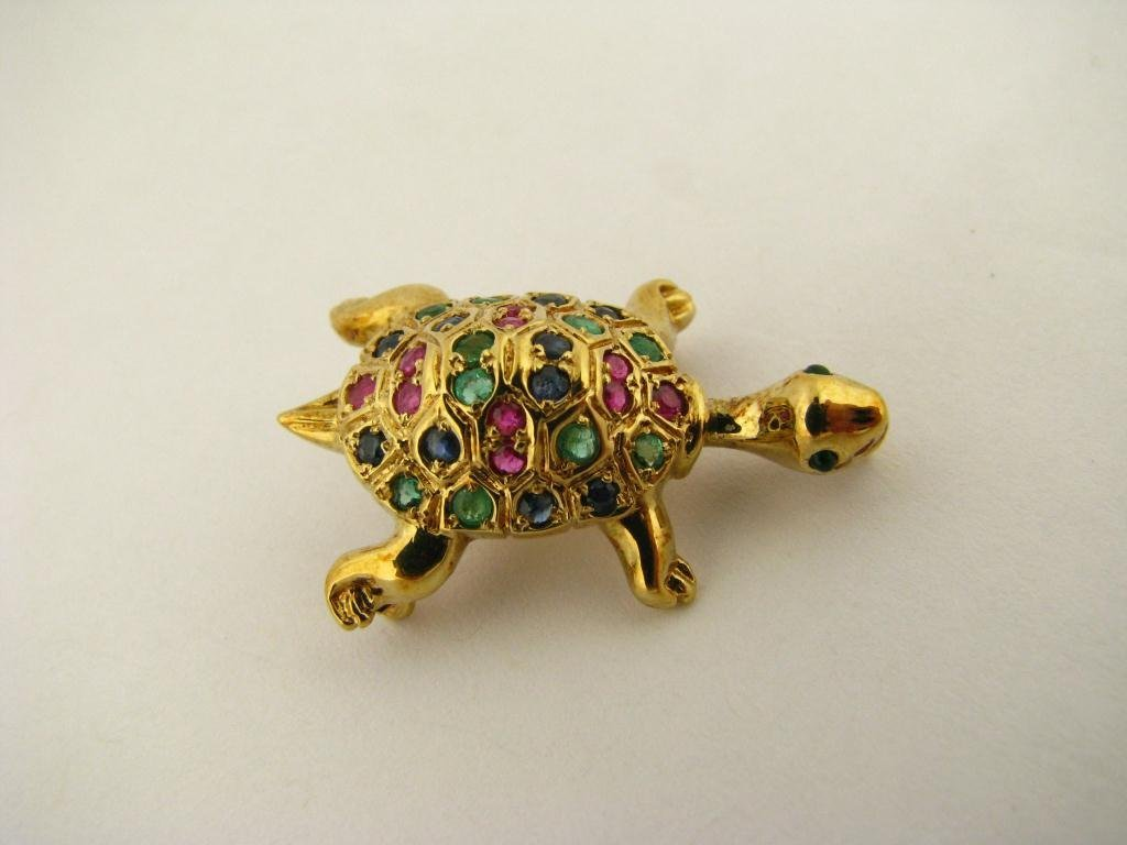 507: 18K Yellow Gold Gemstone Turtle Brooch/Pendant