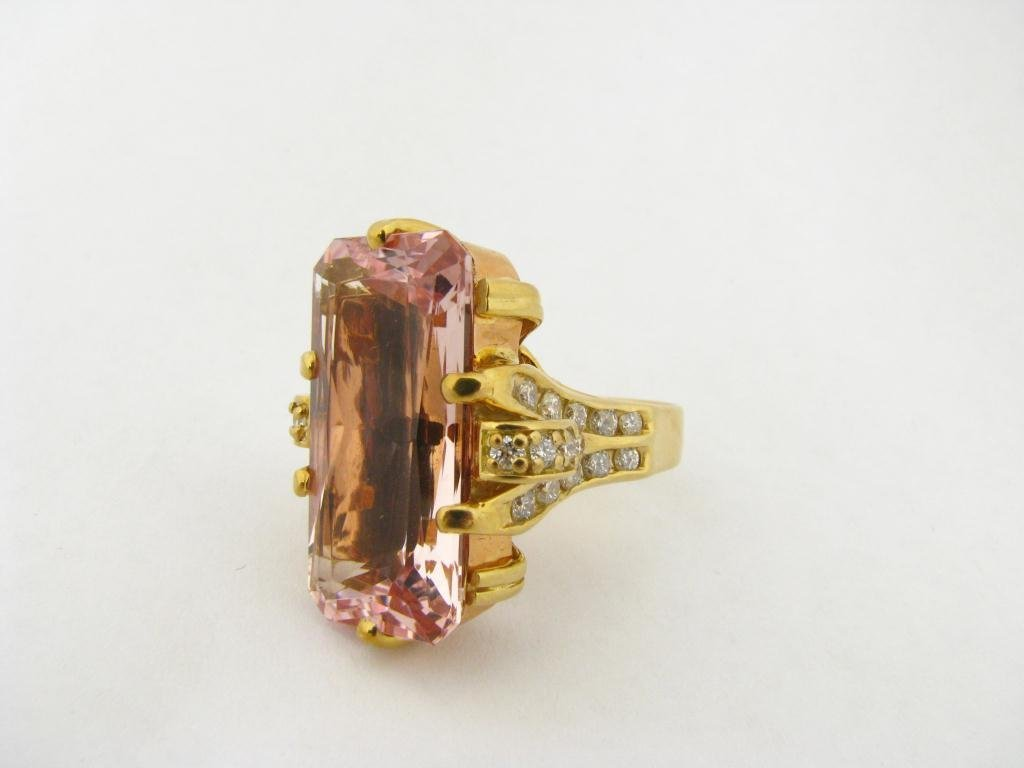 511: Large 18K Yellow Gold Pink Topaz and Diamond Ring