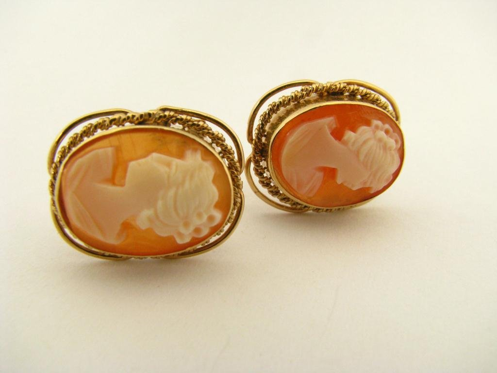 513: Pair of 14K Yellow Gold Cameo Earrings