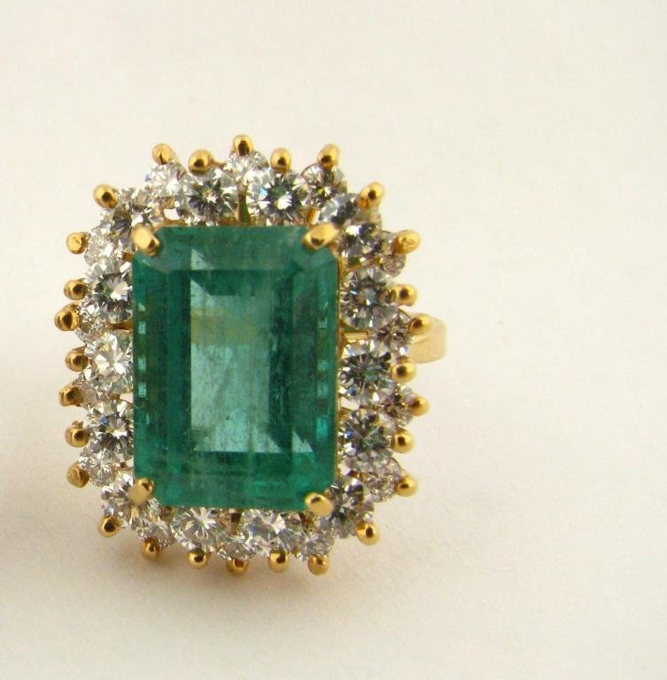 516: 14K Yellow Gold Emerald and Diamond Ring