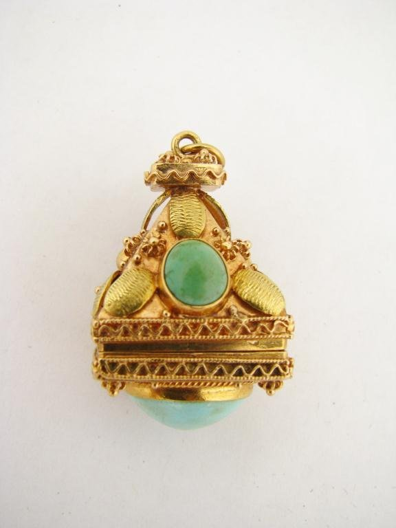 260: 18K YG Vintage Charm/Pendant with Turquoise