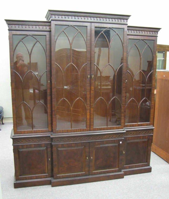 vintage henredon china cabinet