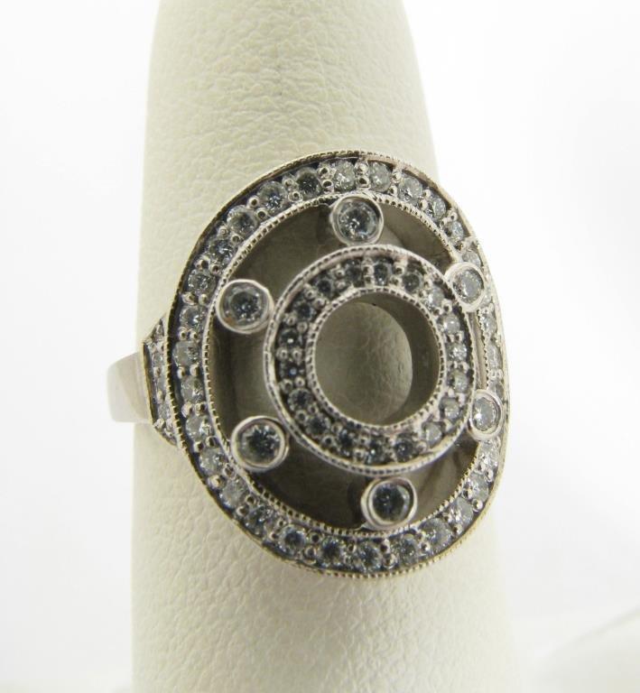 Kwiat 18K White Gold Lady's Diamond Ring