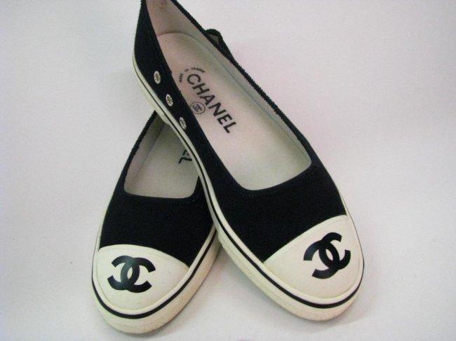 chanel vintage ballet slipper style tennis shoes lot 512