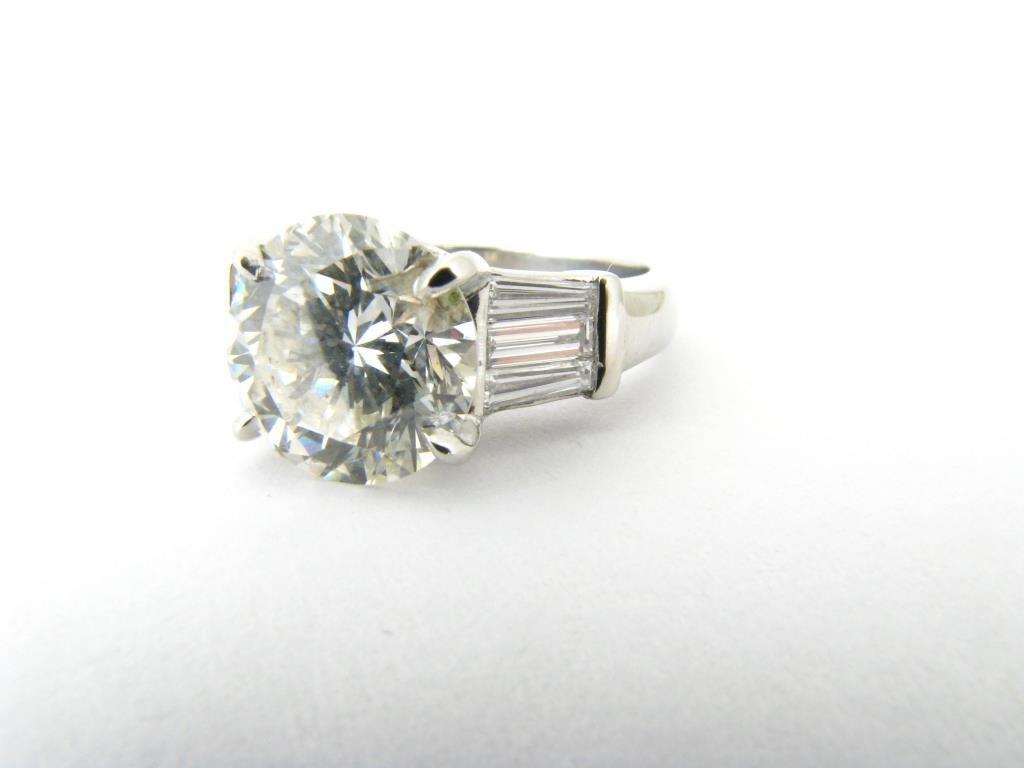 Exquisite Platinum 4.15ct Diamond Ring