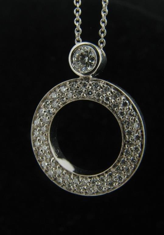 Roberto Coin Diamond Circle Pendant