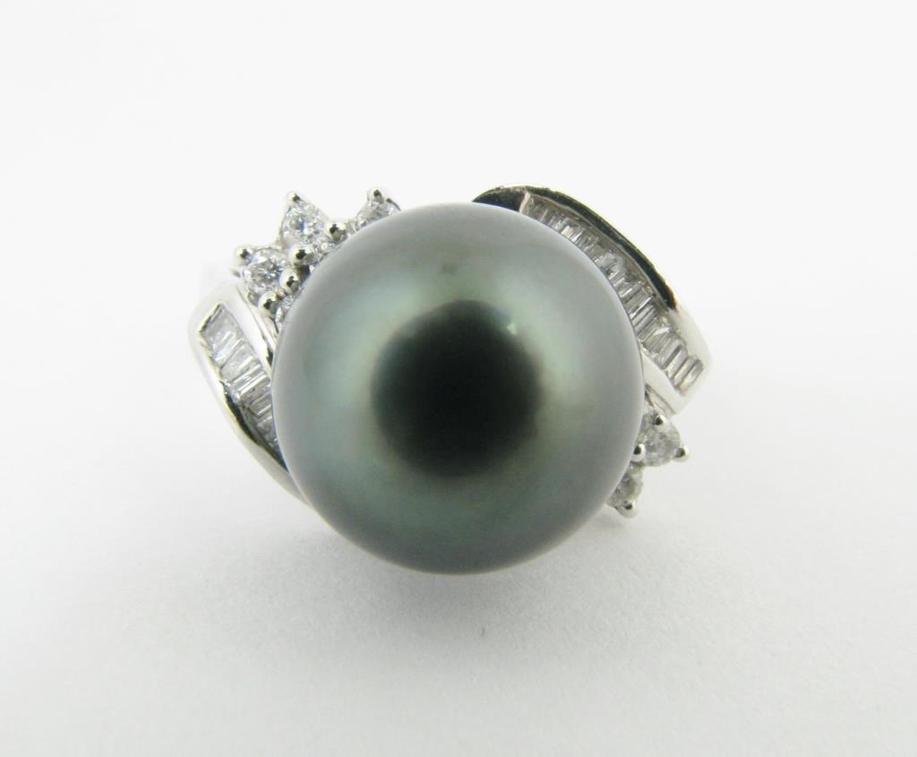 14K White Gold South Sea Tahitian Pearl Ring