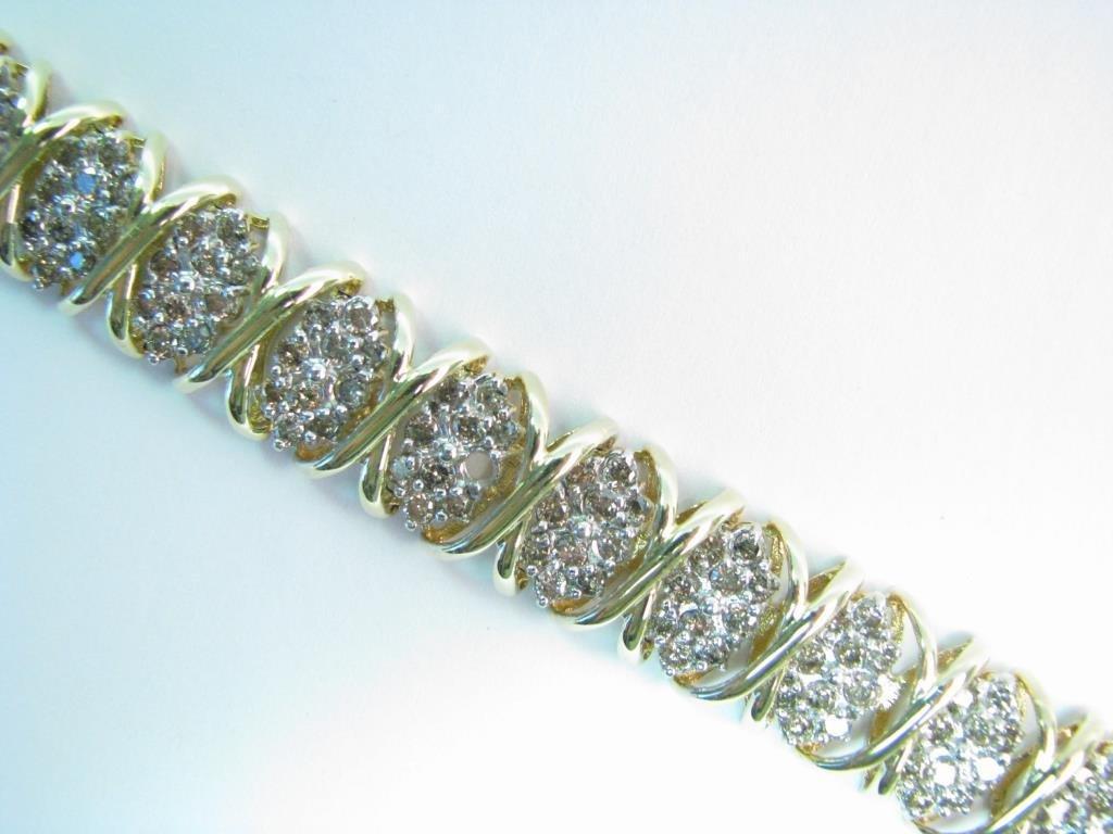 "14K Yellow Gold Diamond ""X"" Link Bracelet"