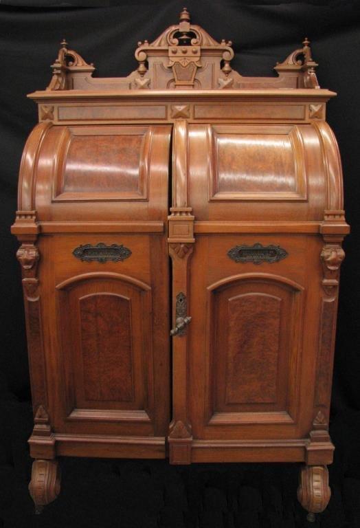 An Antique Wooten Standard Grade Rotary Desk