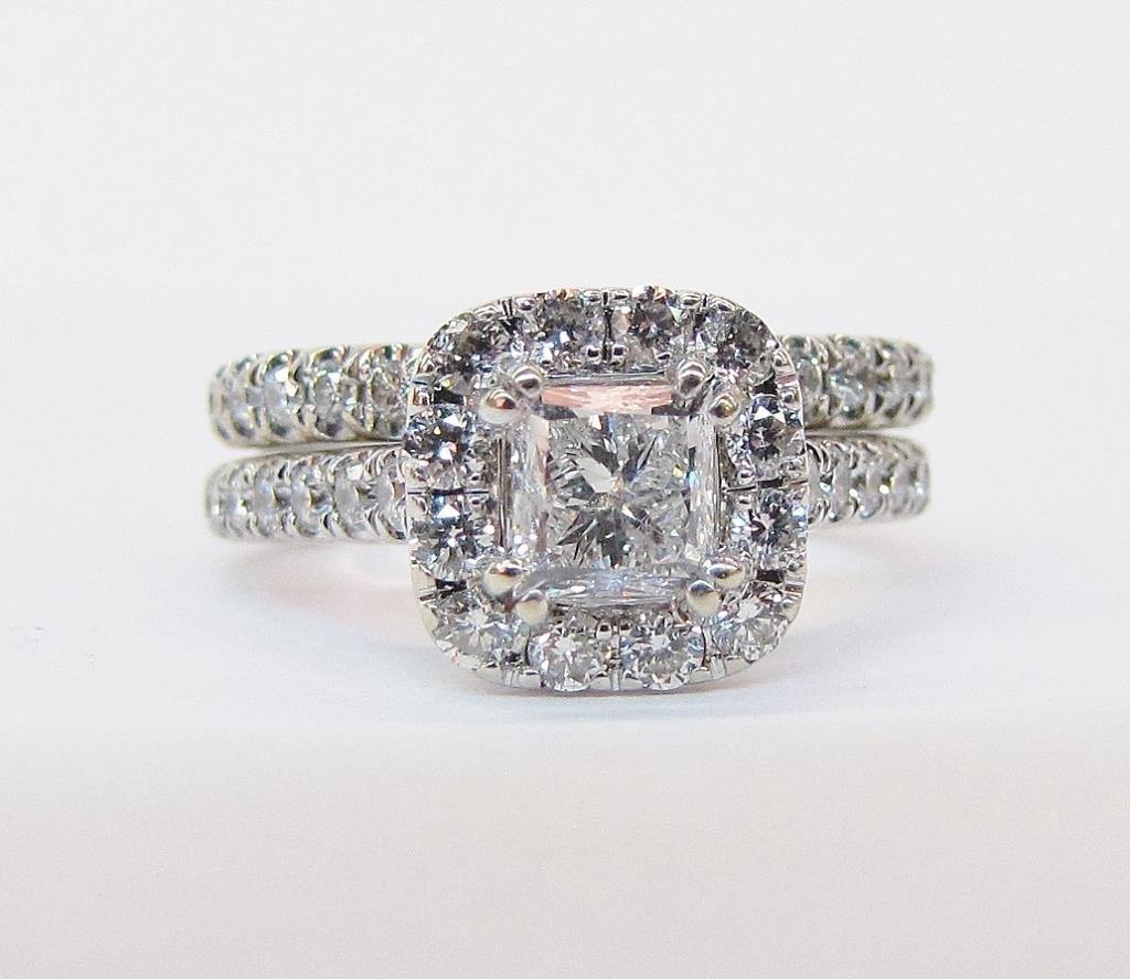 Lane 14K White Gold Diamond Bridal Set