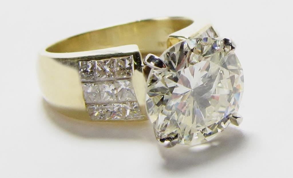 18K Yellow Gold 4CT Diamond Solitaire Ring