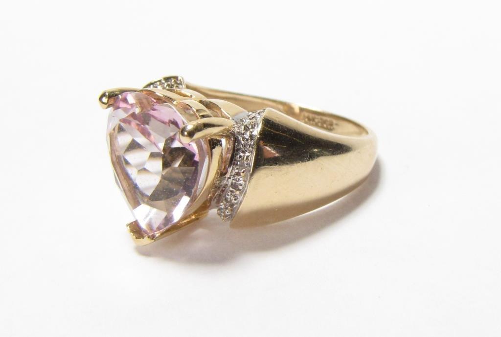 14K Yellow Gold JCR Heart Shaped Morganite Ring - 4