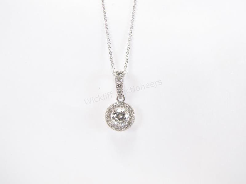 18K White Gold Diamond Pendant, Chain