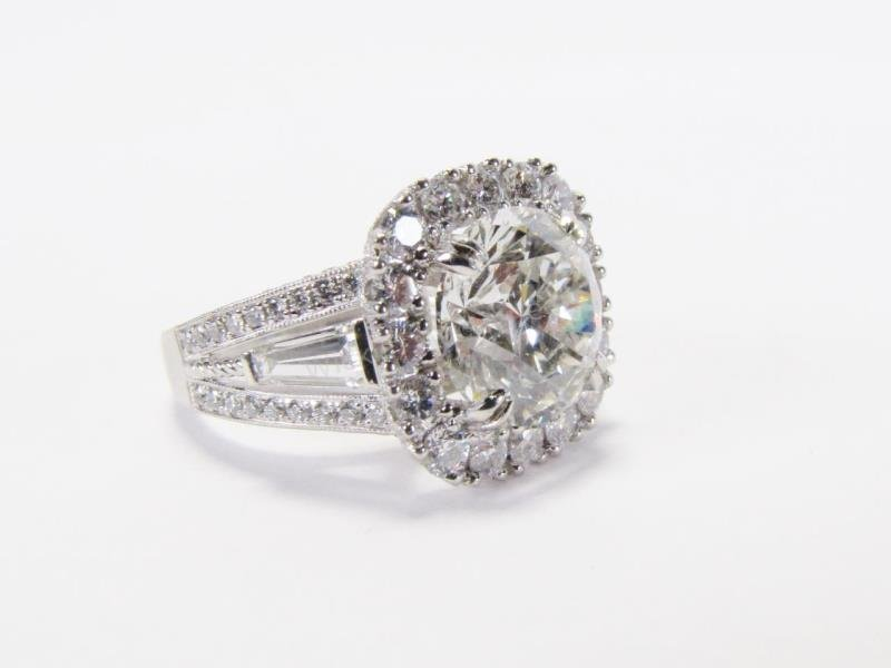 GIA Certified 5.0ct Diamond Platinum Ring