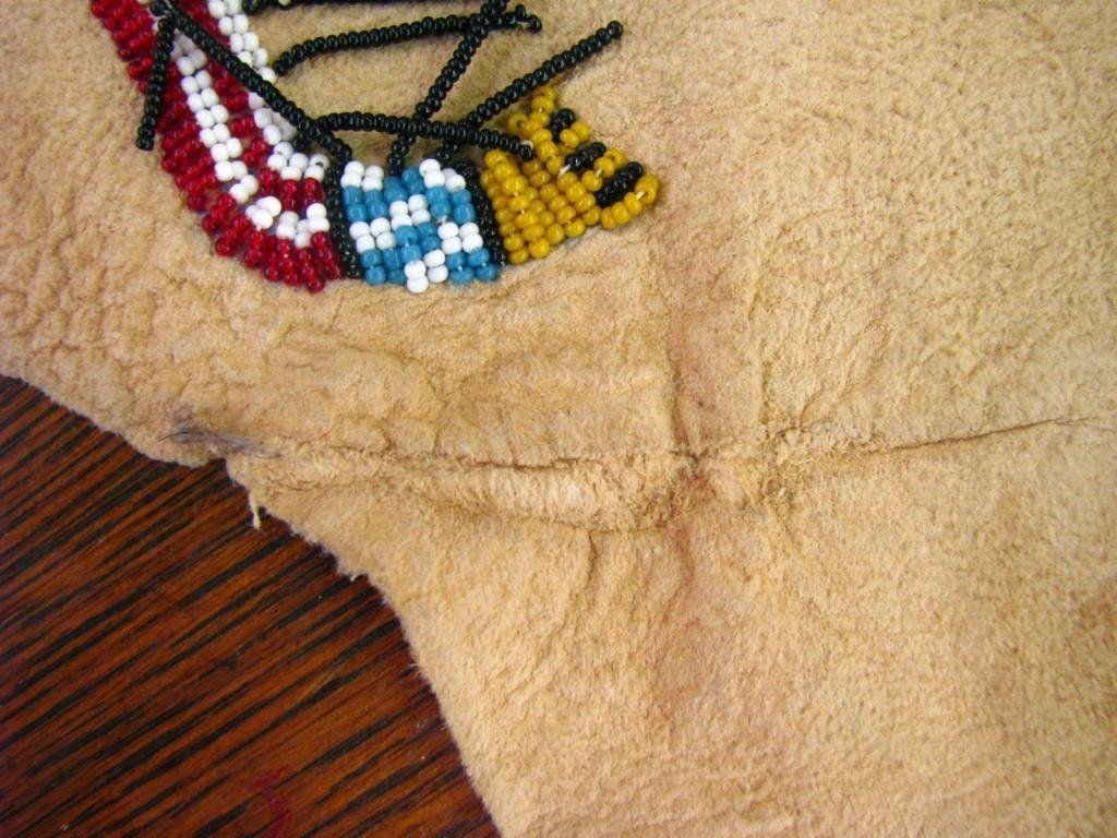 Native American Beaded Deerskin Wall Hanging - 10