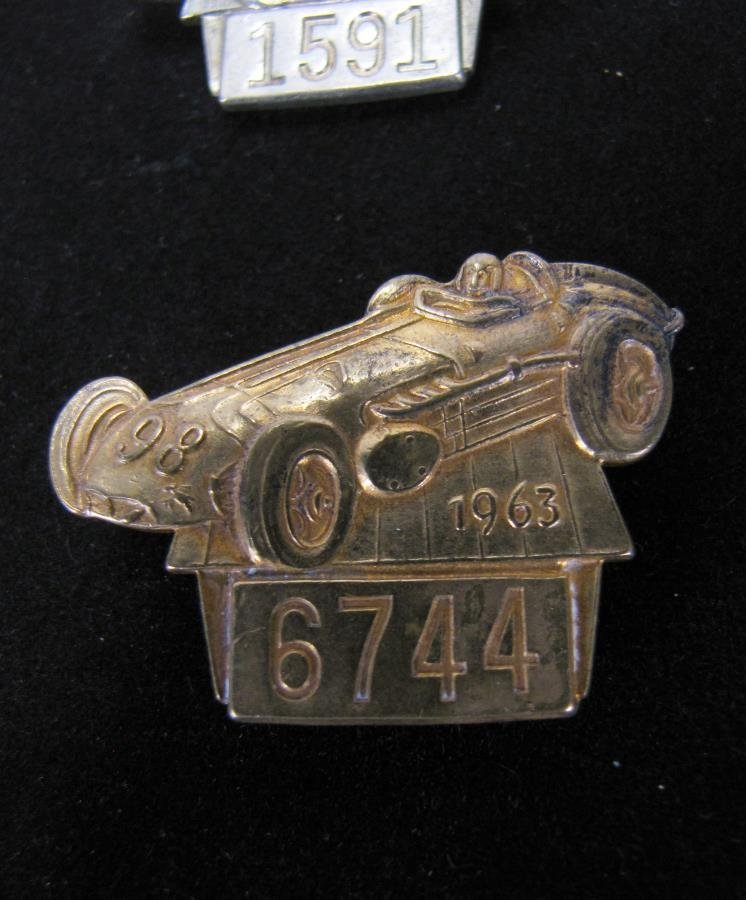 Collection of Vintage Indianapolis 500 Pit Badges - 3