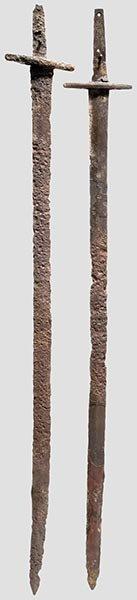 4708: Zwei mongolische Schwerter,
