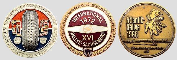 7010: Drei Rallye-Medaillen.