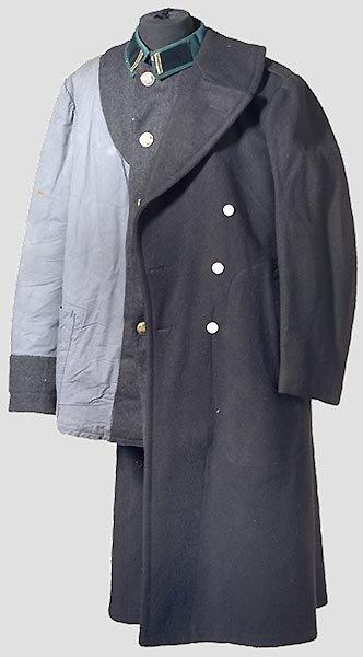 7012: Konvolut Uniformteile.
