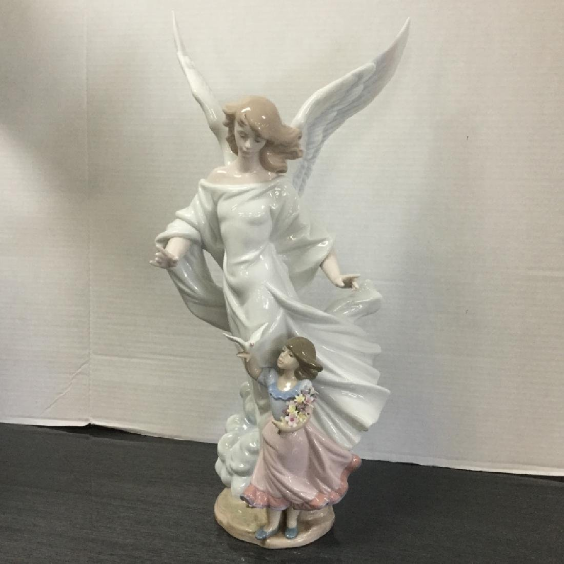 "Lladro Limited Edition 6352 ""Guardian Angel"""