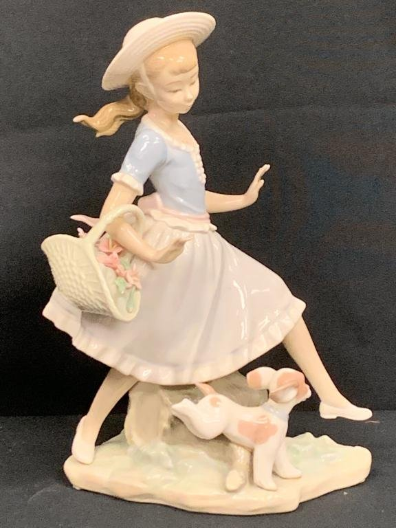 LLADRO #4920 MIRTH IN THE COUNTRY GIRL BASKET DOG