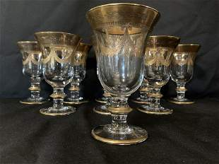 9 ITALIAN CRYSTAL AND GOLD RED WINE GLASSES