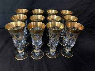 12 ITALIAN CRYSTAL AND GOLD WINE GLASSES