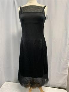 ELEGANT AND FEMININE CHANEL BLACK SILK DRESS SZ 38