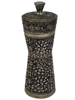 SILVER EARLY 20TH CENTURY PEPPER MILL