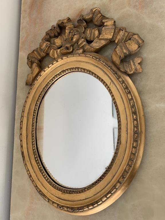 ORNATE RIBBON TOP GOLD GILT OVAL FRAME WALL MIRROR