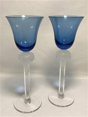 PAIR OF BLUE WINE GLASSES WITH A FROSTED STEM