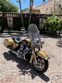 2017 HARLEY DAVIDSON ROAD KING MOTORCYCLE 837 M