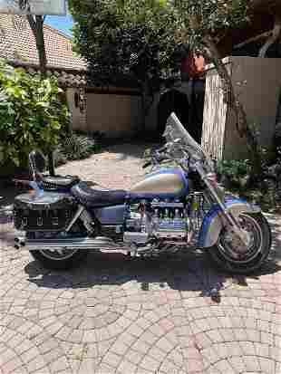 1997 HONDA VALKYRIE MOTORCYCLE 7064 M