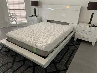 MODERN WHITE LAMINATE QUEEN BED FRAME