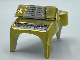 LIMOGES FRANCE BABY GRAND PIANO TRINKET BOX