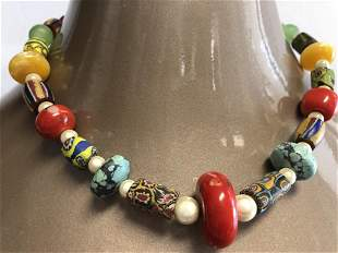 """VINTAGE MULTICOLORED BEADED NECKLACE 18"""""""