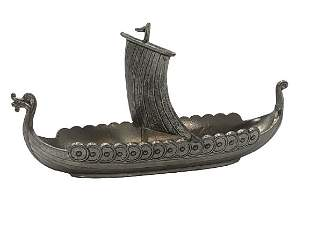 VINTAGE METAL NORWEGIAN VIKING SHIP