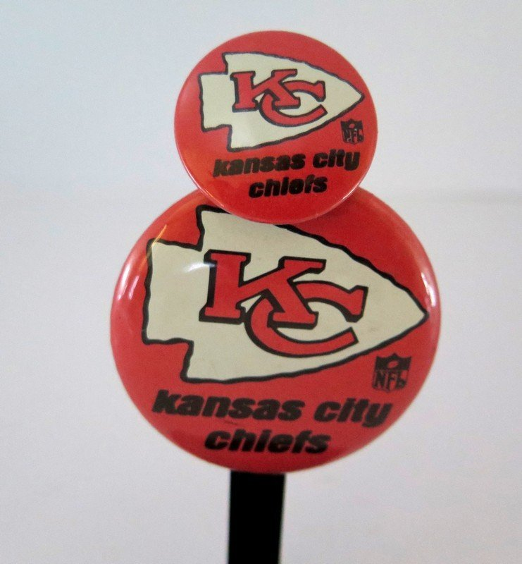 (2) Official NFL Kansas City Chiefs Pin Back Button -