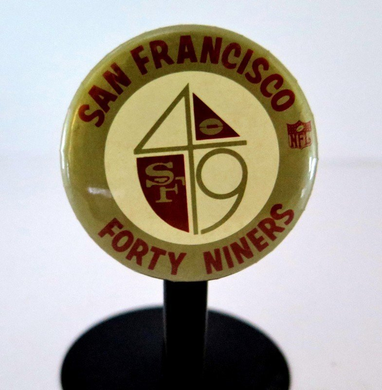 Official NFL San Francisco Forty Niners Pin Back Button