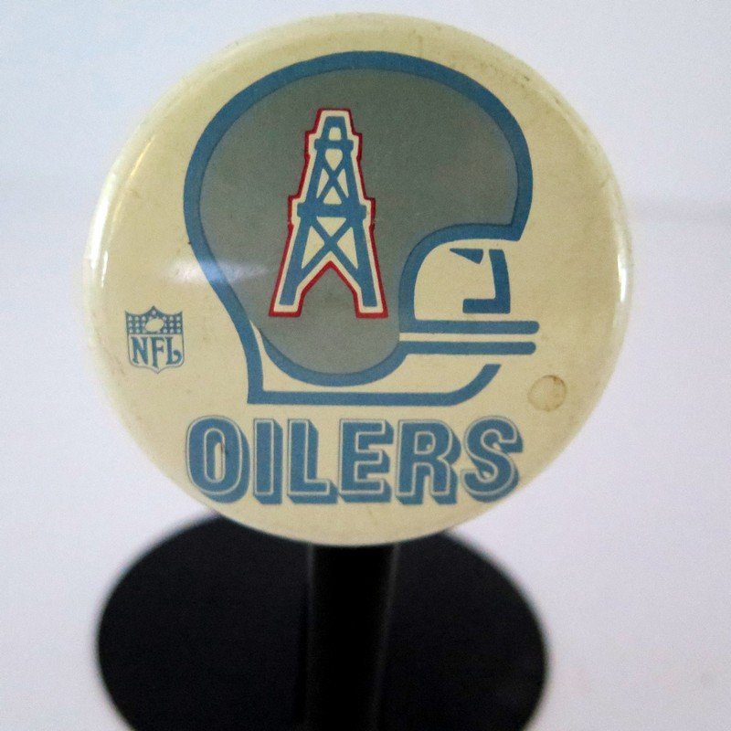 Official NFL Houston Oilers Pin Back Button – measures