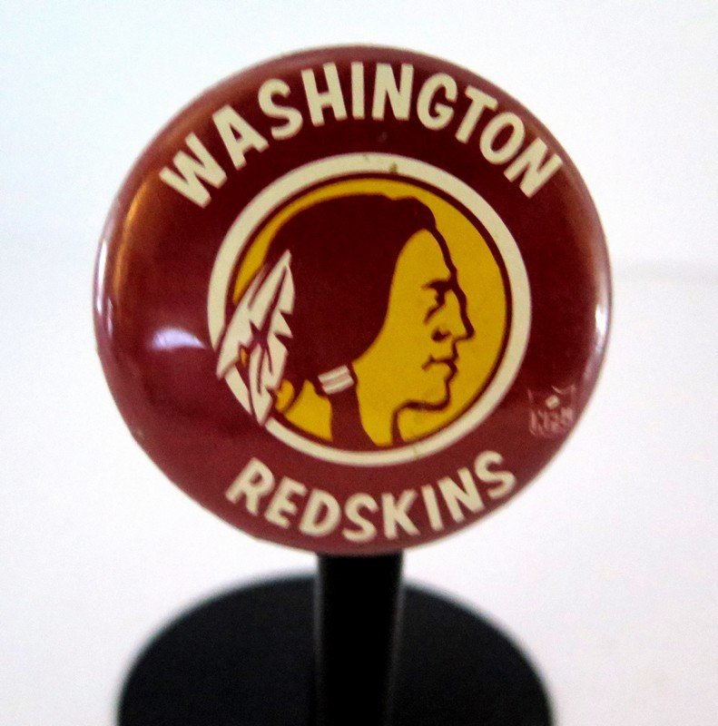 Official NFL Washington Red Skins Pin Back Button –