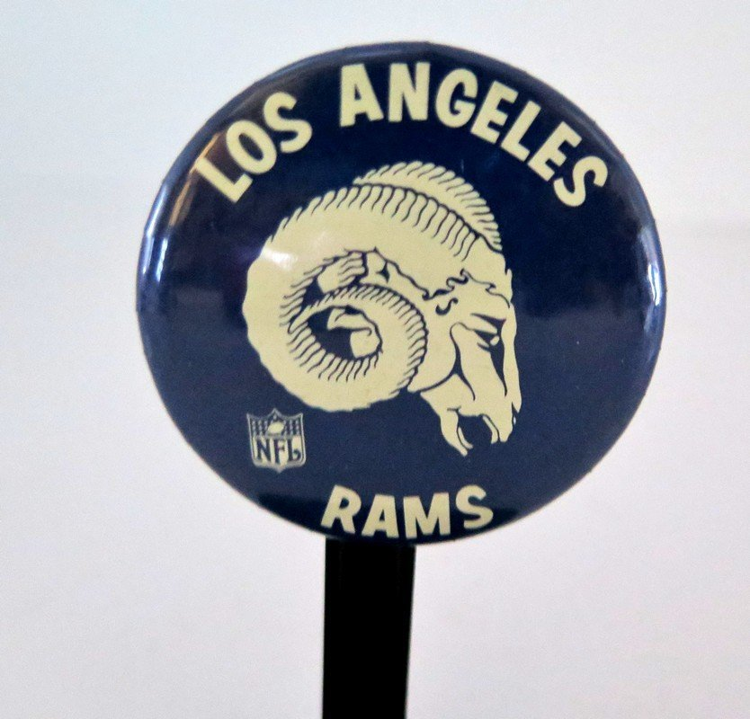 Official NFL Los Angeles Rams Pin Back Button –