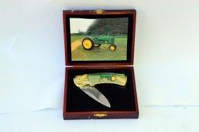 John Deere Pocket Knife With Case