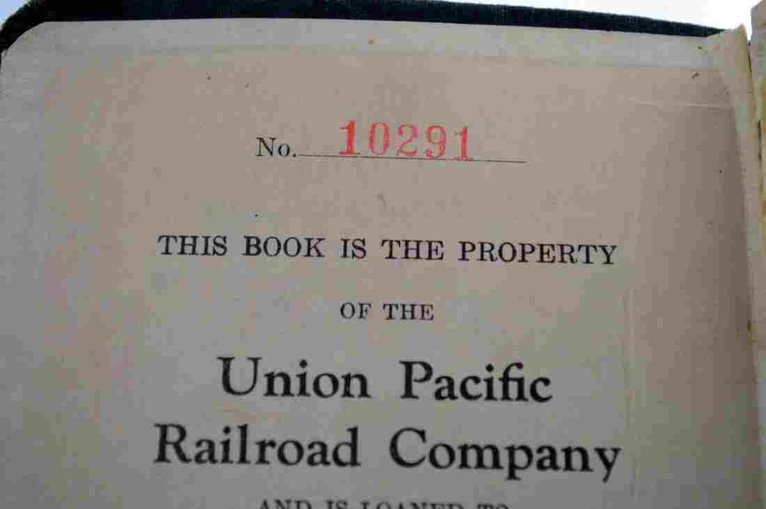 Vintage Union Pacific Railroad Employee Guide Book