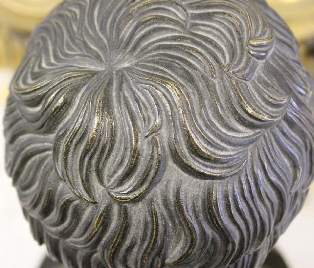 Patinated Bronze Bust of a Gentleman on Marble - 8