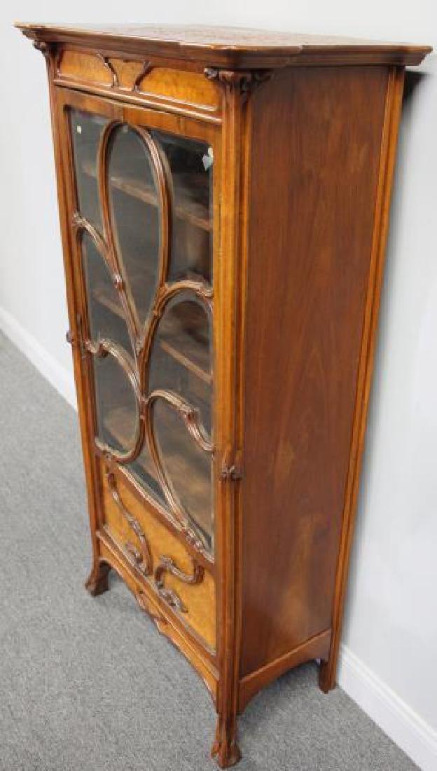 Art Nouveau Maple and Mahogany Cabinet. - 5