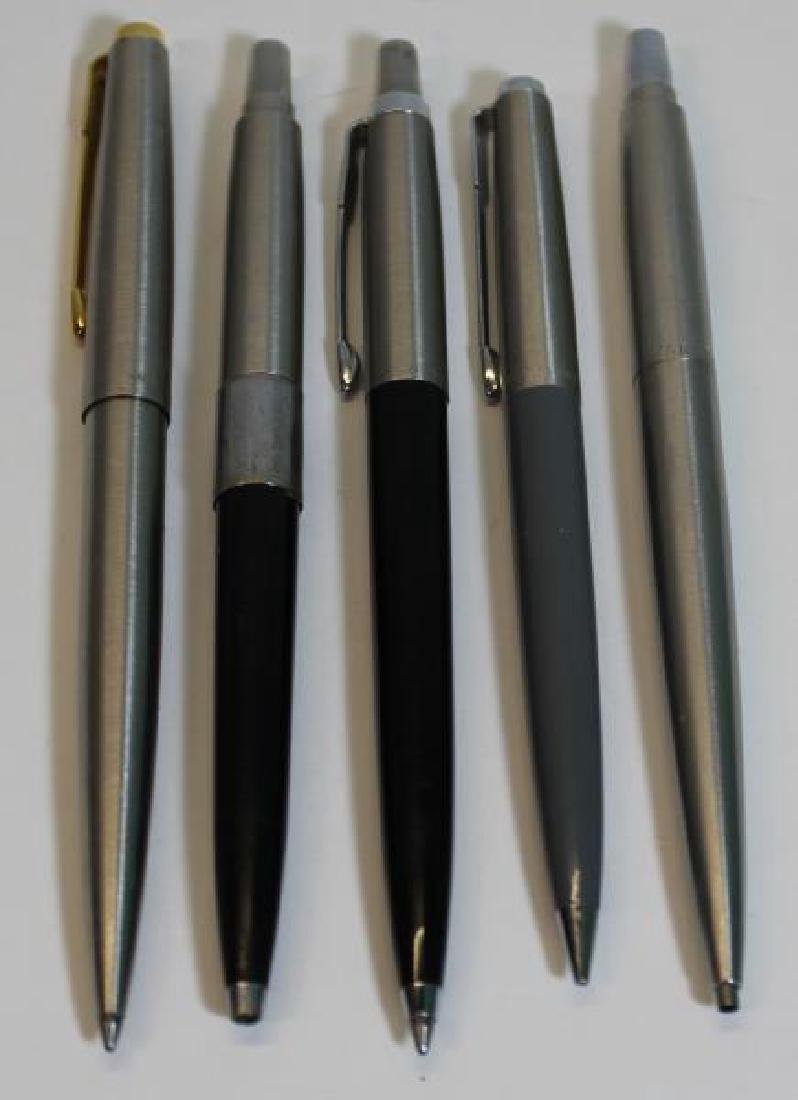 Grouping of Vintage Pens Including Parker. - 2