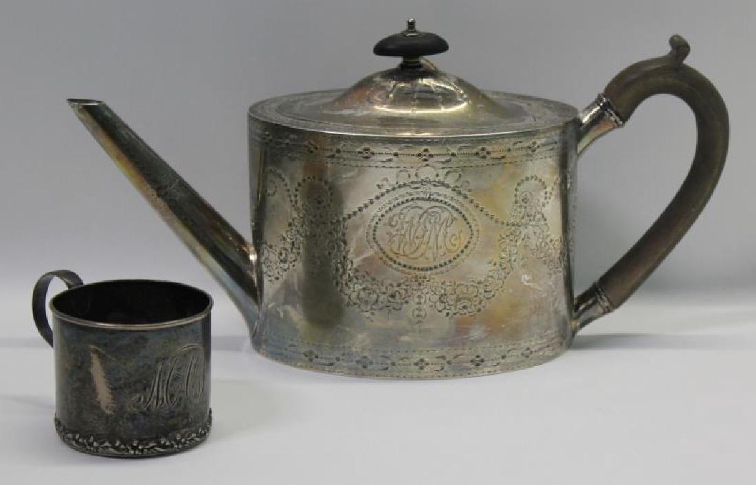 SILVER. George IV English Silver Teapot.