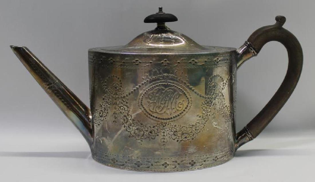 SILVER. George IV English Silver Teapot. - 2